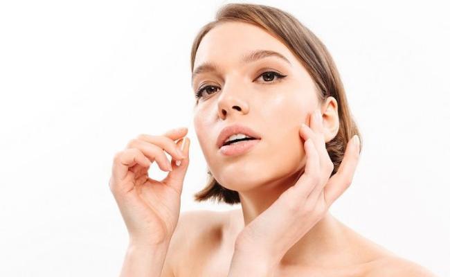 Kandungan-Skincare-Kulit-Sensitif